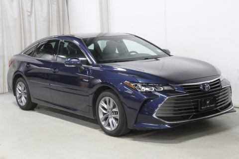 2019 Toyota Avalon Hybrid XLE Plus