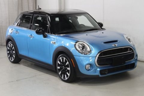 Pre-Owned 2017 MINI Cooper S FWD 4D Hatchback
